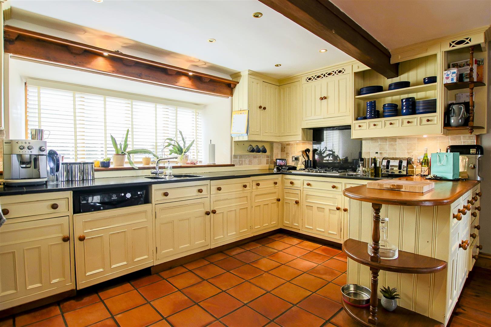 5 Bedroom Barn Conversion For Sale - 3.jpg